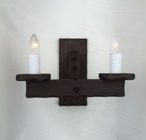 Traditional Rustic 2-Light Wooden Wall Light (Large)
